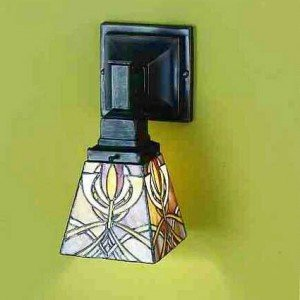 Glasgow Bungalow Tiffany Stained Glass Sconce Light